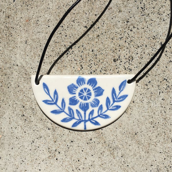 Image of Pendant - indian daisy
