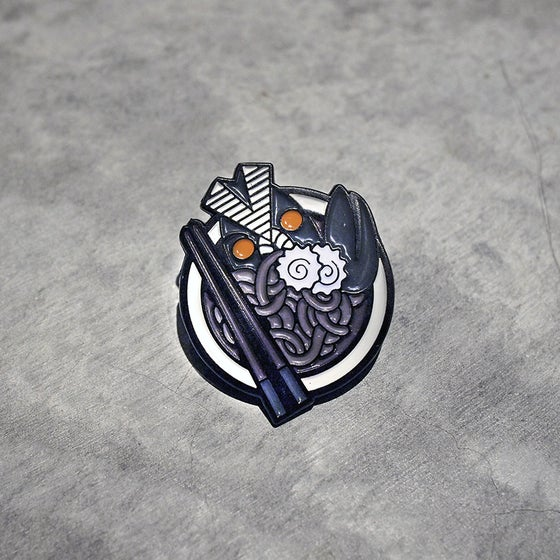 Image of UWABAKI UDON PIN
