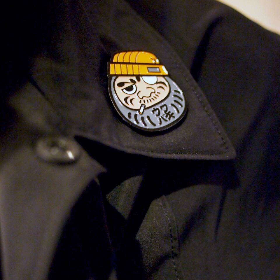 Image of UWABAKI DARUMA PIN