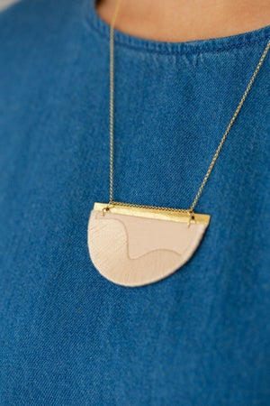 Image of FOLKE necklace in Blush
