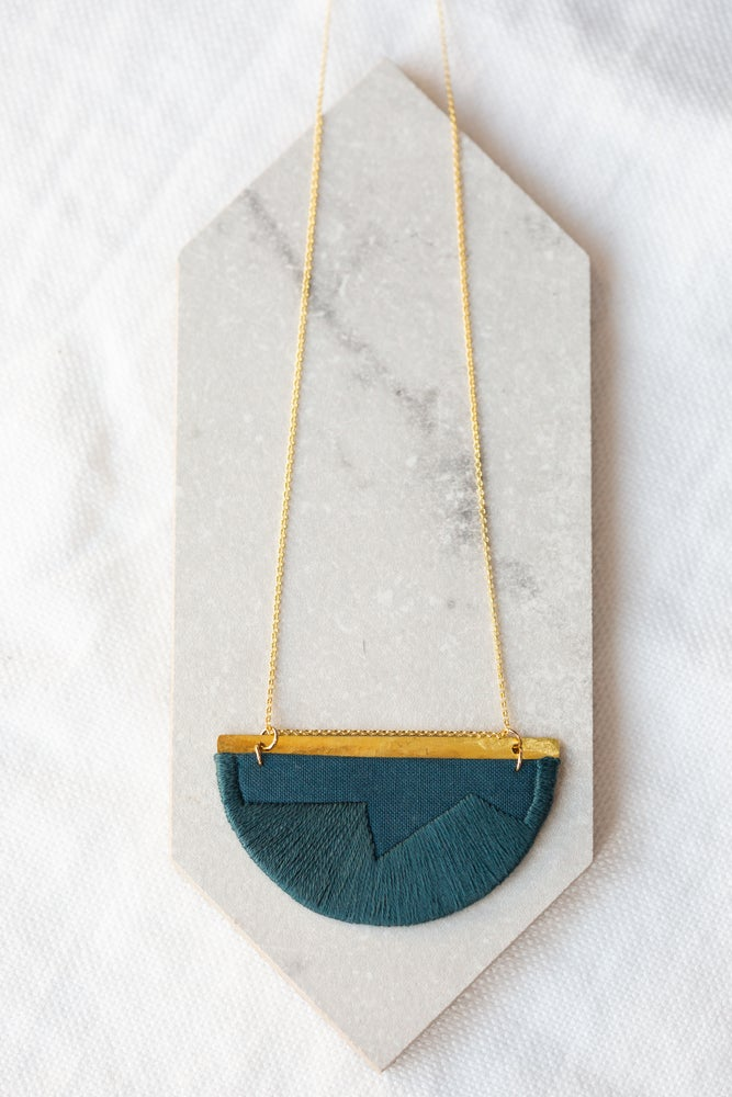 Image of FOLKE necklace in Indigo