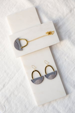Image of LINNEA earrings in Grey
