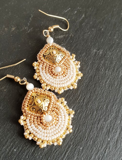 "Image of Boucles d'oreille METEORE "" CREAM """