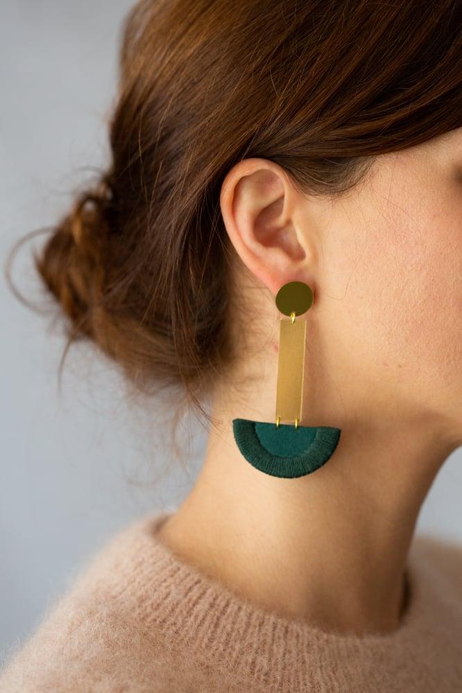 Image of LUNA drop earrings in Forest