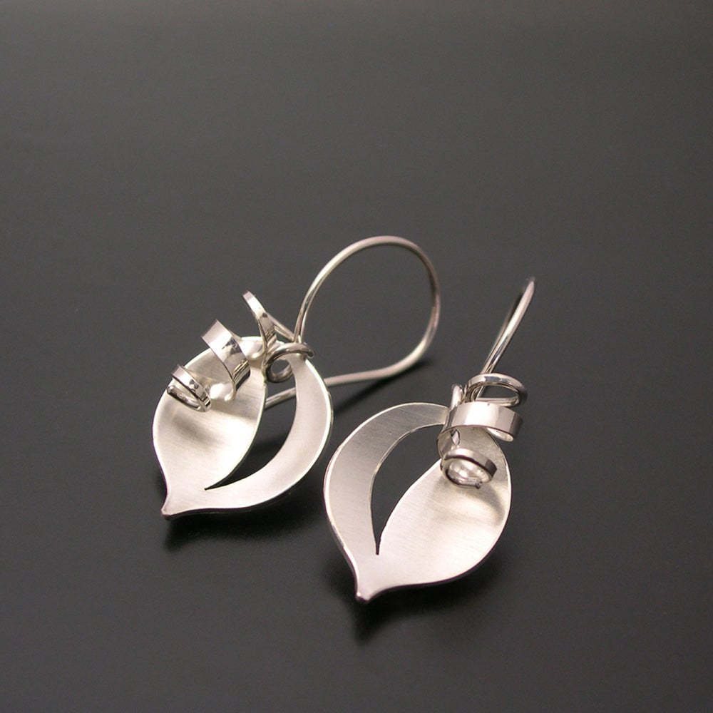 Image of Leaf and Tendril Earrings