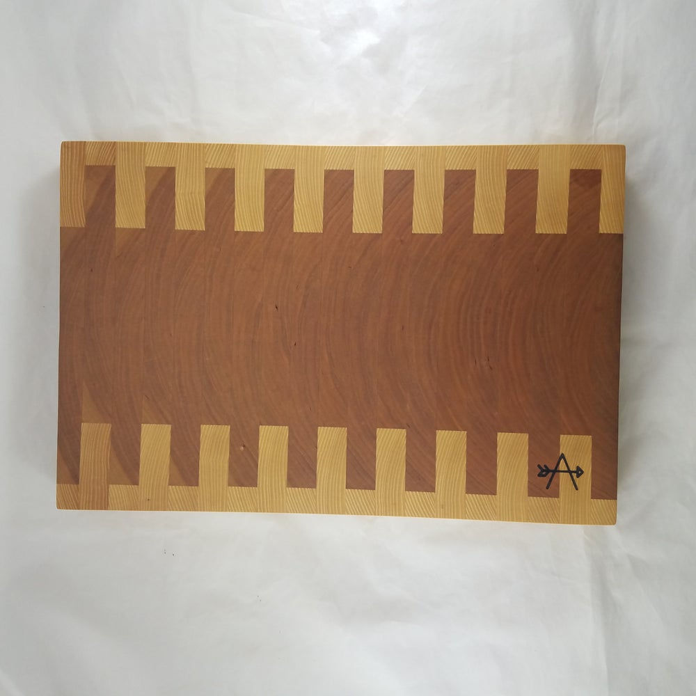 Image of END-GRAIN CUTTING BOARD (EG005)