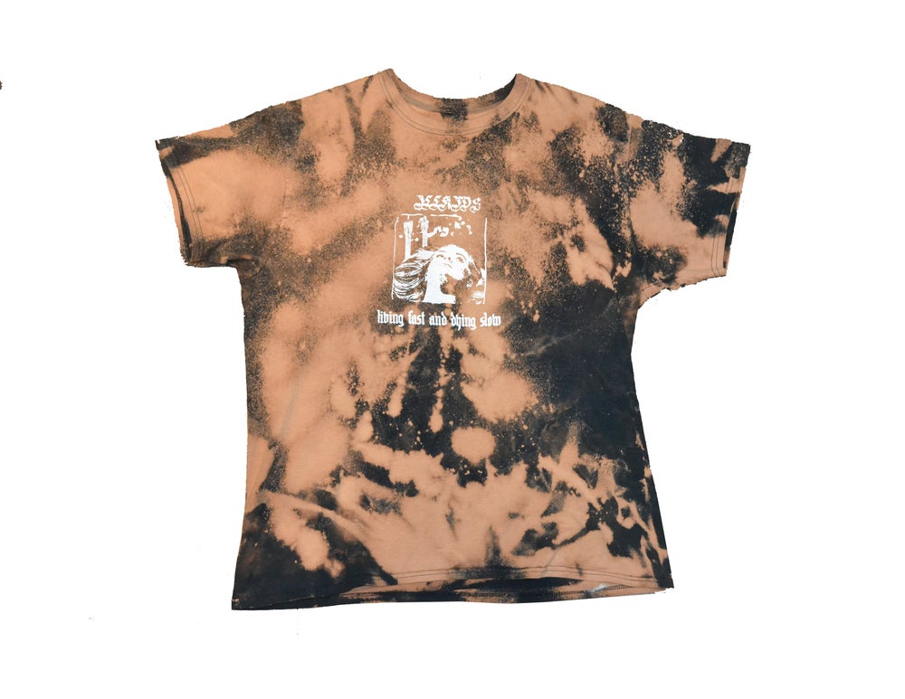 "Image of ""LIVING FAST AND DYING SLOW"" - T-SHIRT (ACID WASH)"