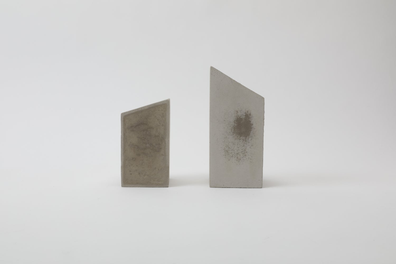 Image of TOMB BOOK ENDS
