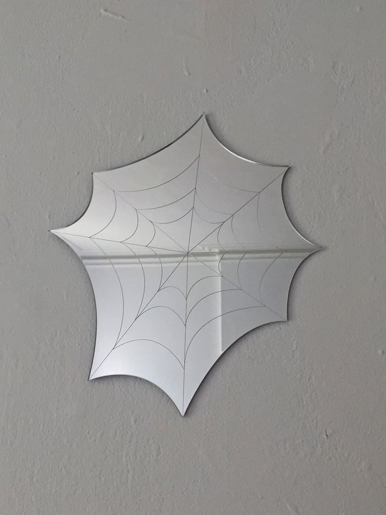 Image of SPIDERWEB mirror