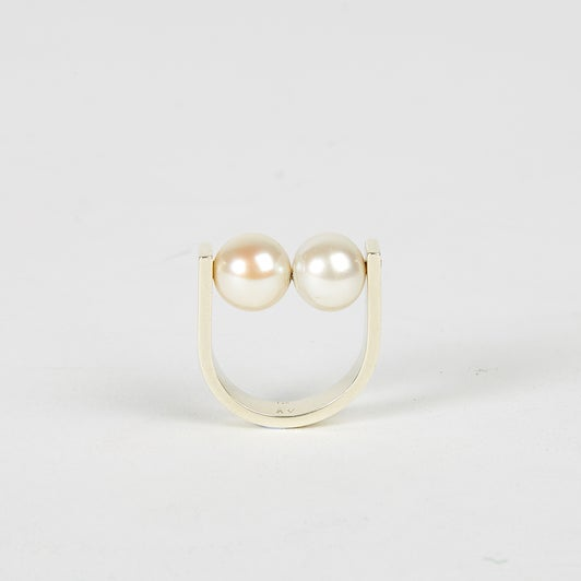 Image of Pearl Two Balls Ring