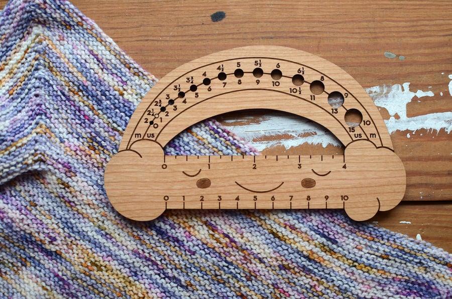 Image of Needle/Knitting Gauge Measuring Tool - Cherry