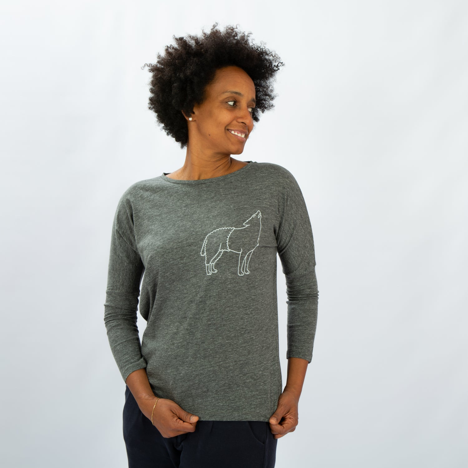 Image of T-SHIRT WOMAN long sleeve WOLFSHEEP grey