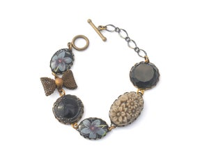 Image of vintage black and blue linked bracelet
