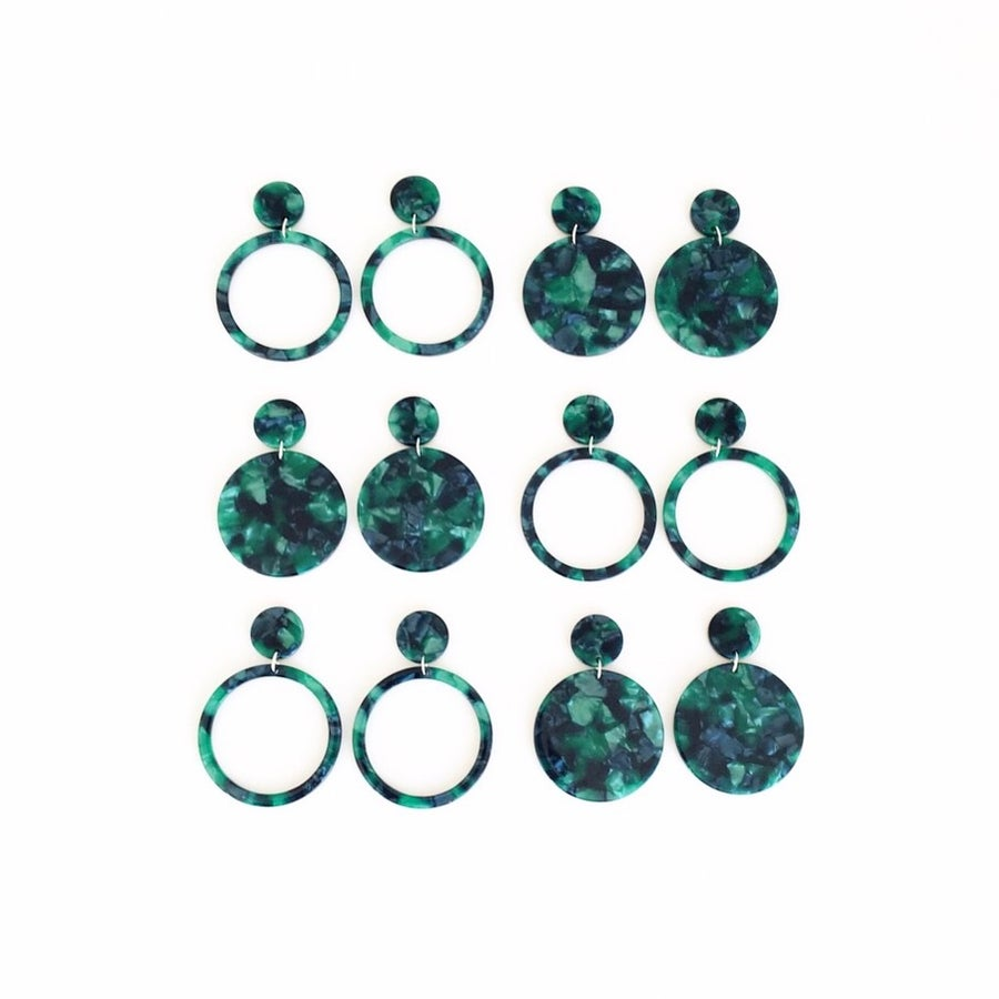 Image of Green Tortoise Circular Dangles (open or closed)