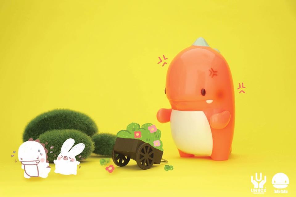 Image of [ Glow Show ] Ngeaw x Unbox Angry Orange Dino (GID)