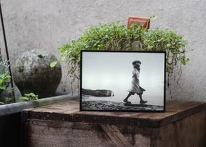 Image of Boîte lumineuse / Photo - Quai des Brumes
