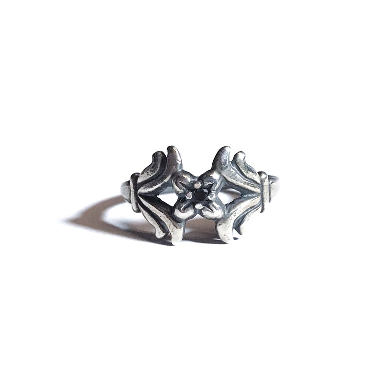 Image of Wallflower ring in sterling silver or 14k gold