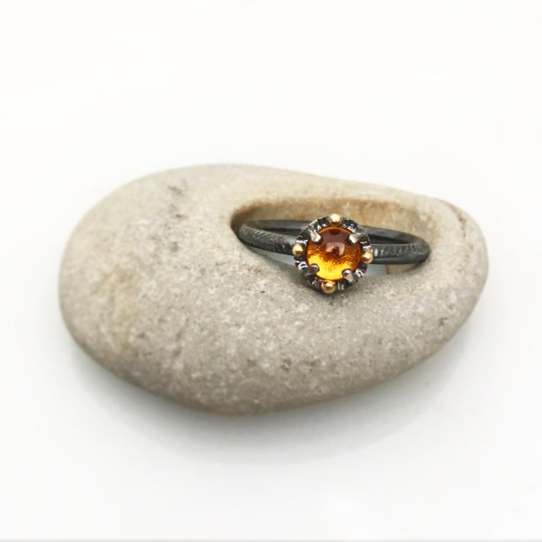Image of juju special in citrine and 18k gold