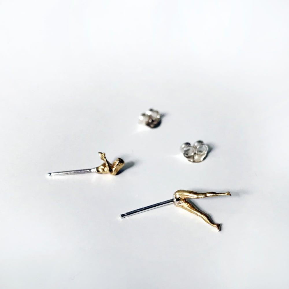 Image of Dive Stud Earrings