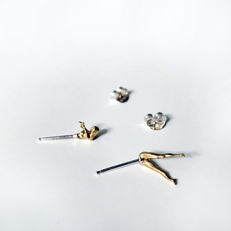 Image of Dive Stud Earrings