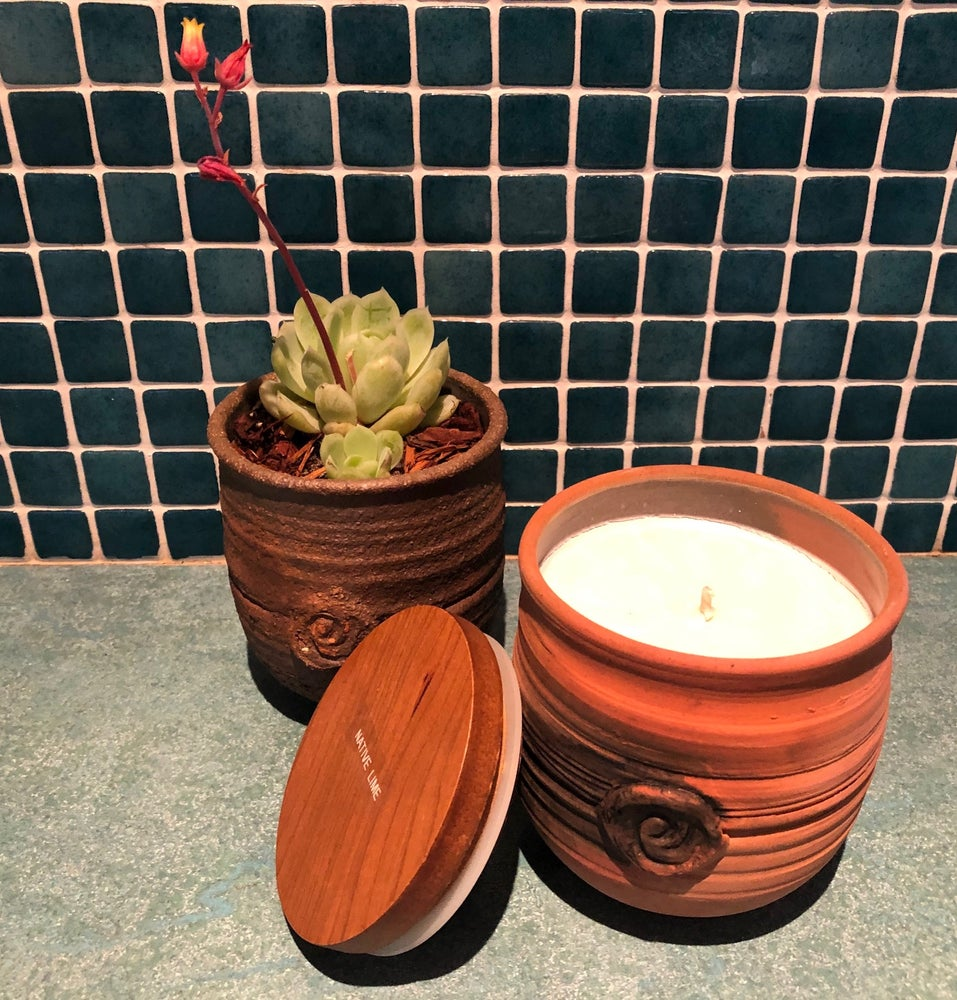 Image of Handmade Smoke-fired Ceramic Pot Candle Large 320g