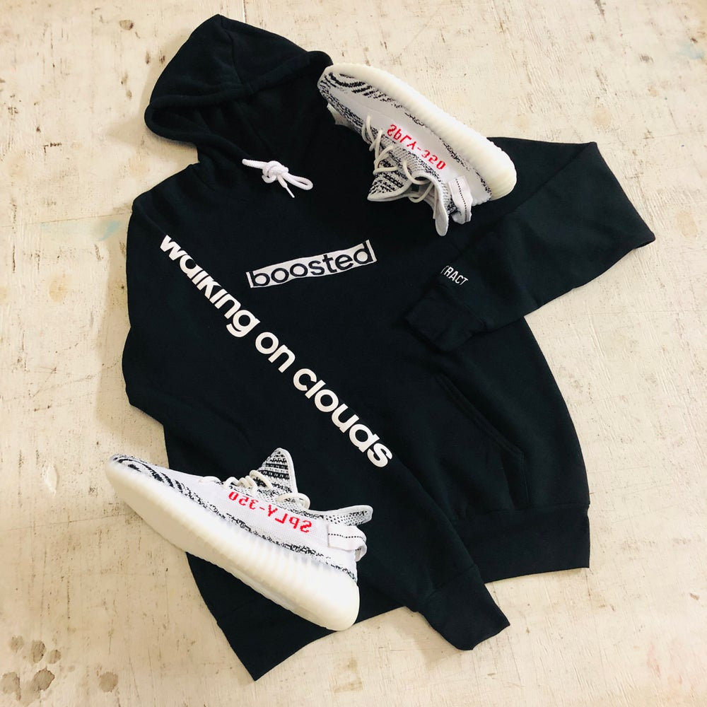 BOOSTED LONG EMBROIDERY HOODY