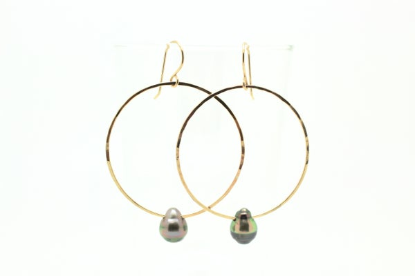 Image of SIERRA Tahitian drop hoops