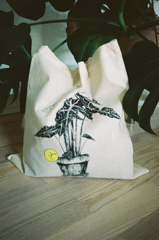 Image of Plantlife totebag