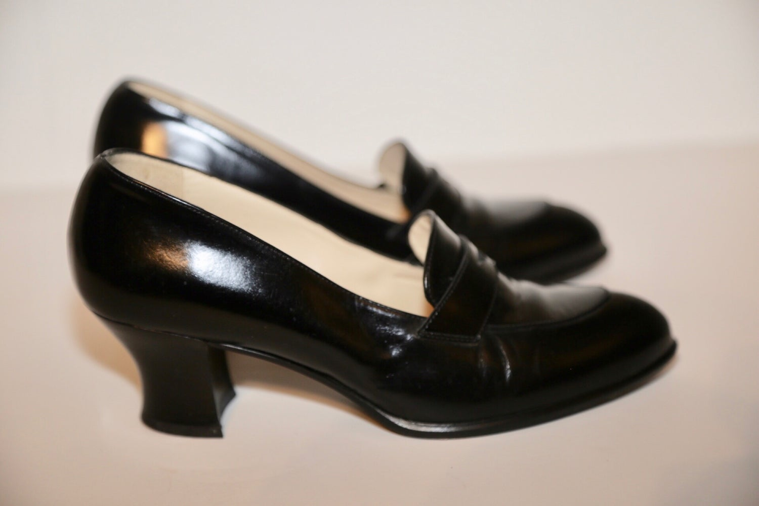 Image of VINTAGE PRADA LOAFER