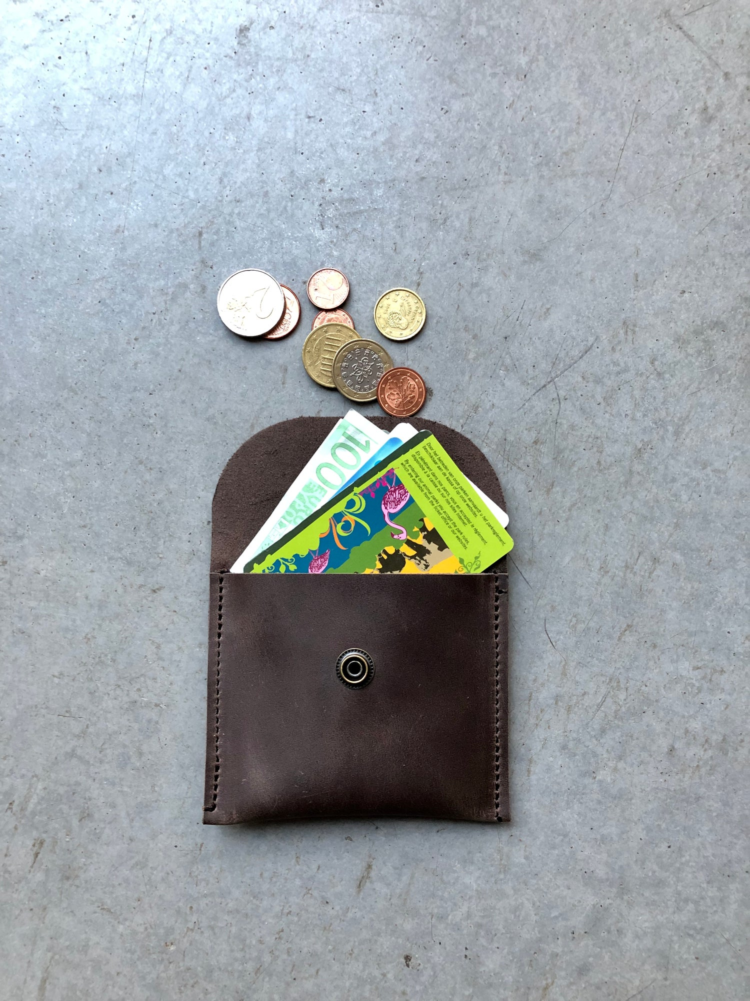 Image of Elliot wallet, coin purse, small leather wallet