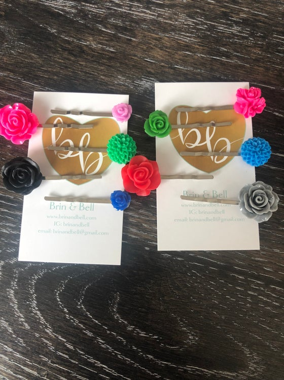 Image of Flower Bobby Pins
