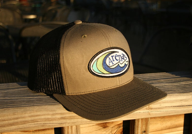 Image of Arena's Structured Hat in Green and Black