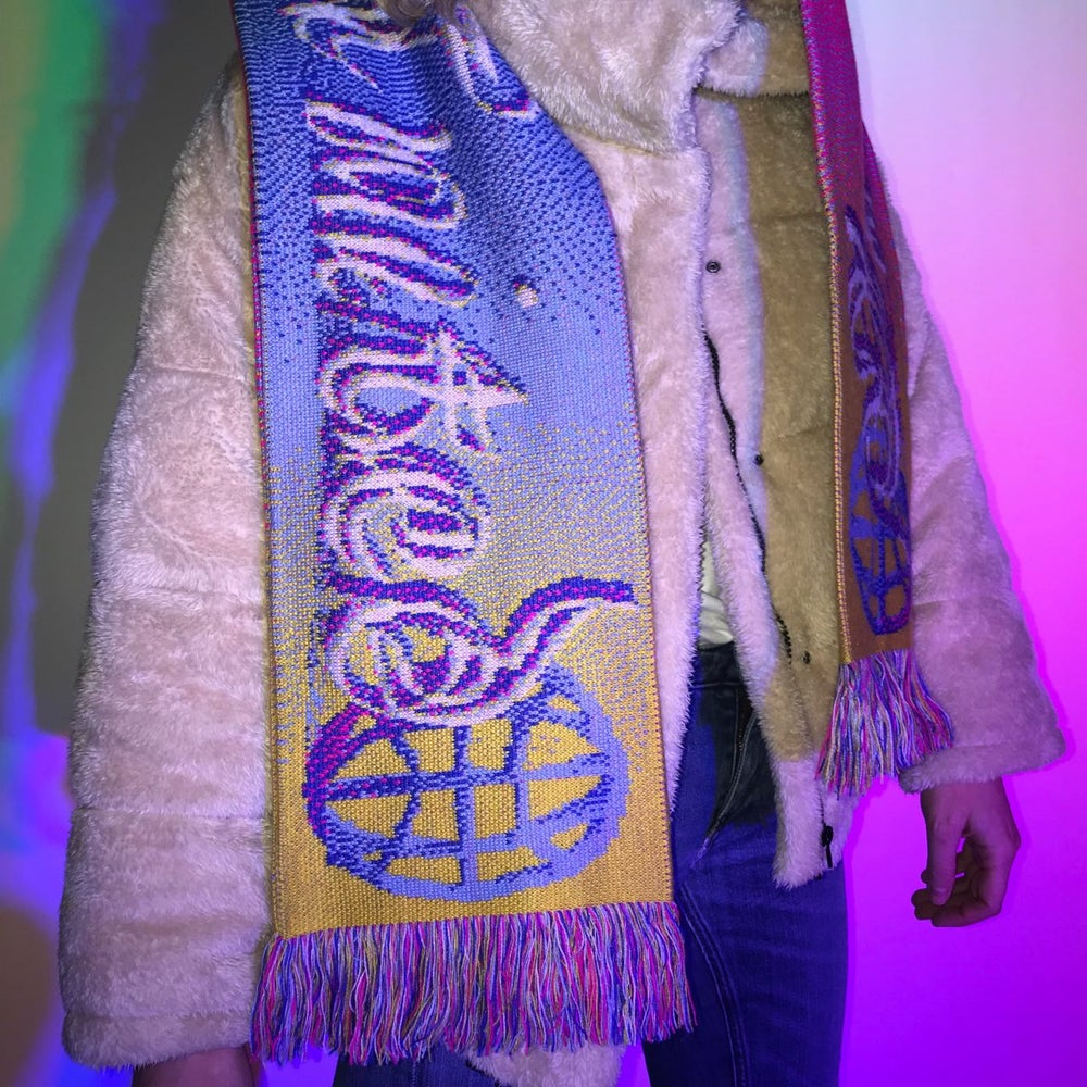 Image of Fan Scarf