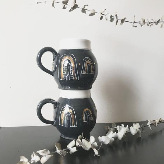 Image of golden arch mug set