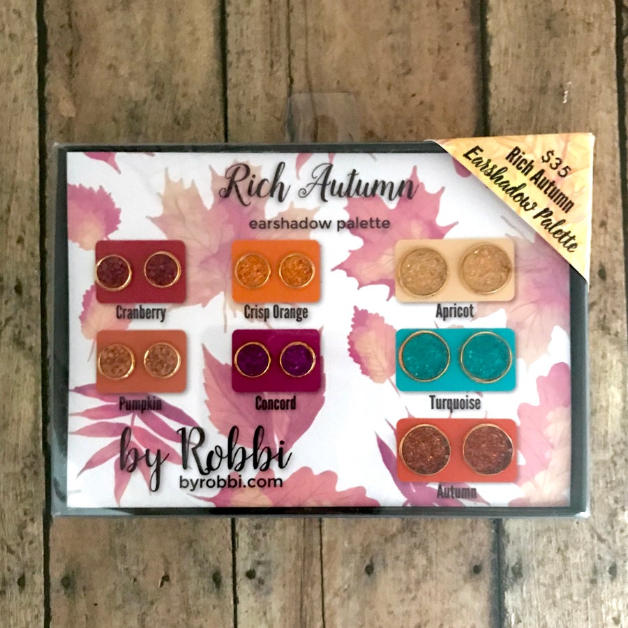 Image of Rich Autumn Earshadow Palette Black Friday deal