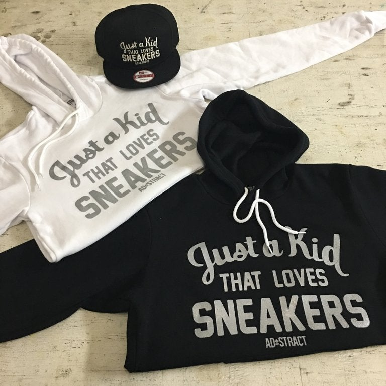 """JUST A KID THAT LOVES SNEAKERS """"SILVER PRINT"""" TSHIRT  (MENS)"""