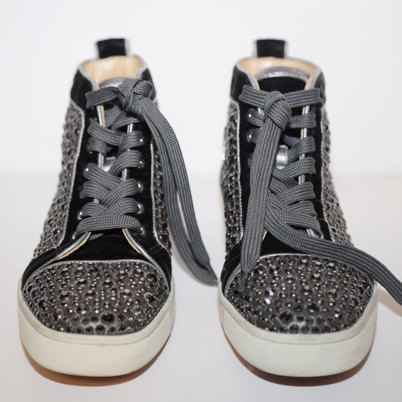 christian louboutin sneakers trunk show designer consignment rh trunkshowconsignment com