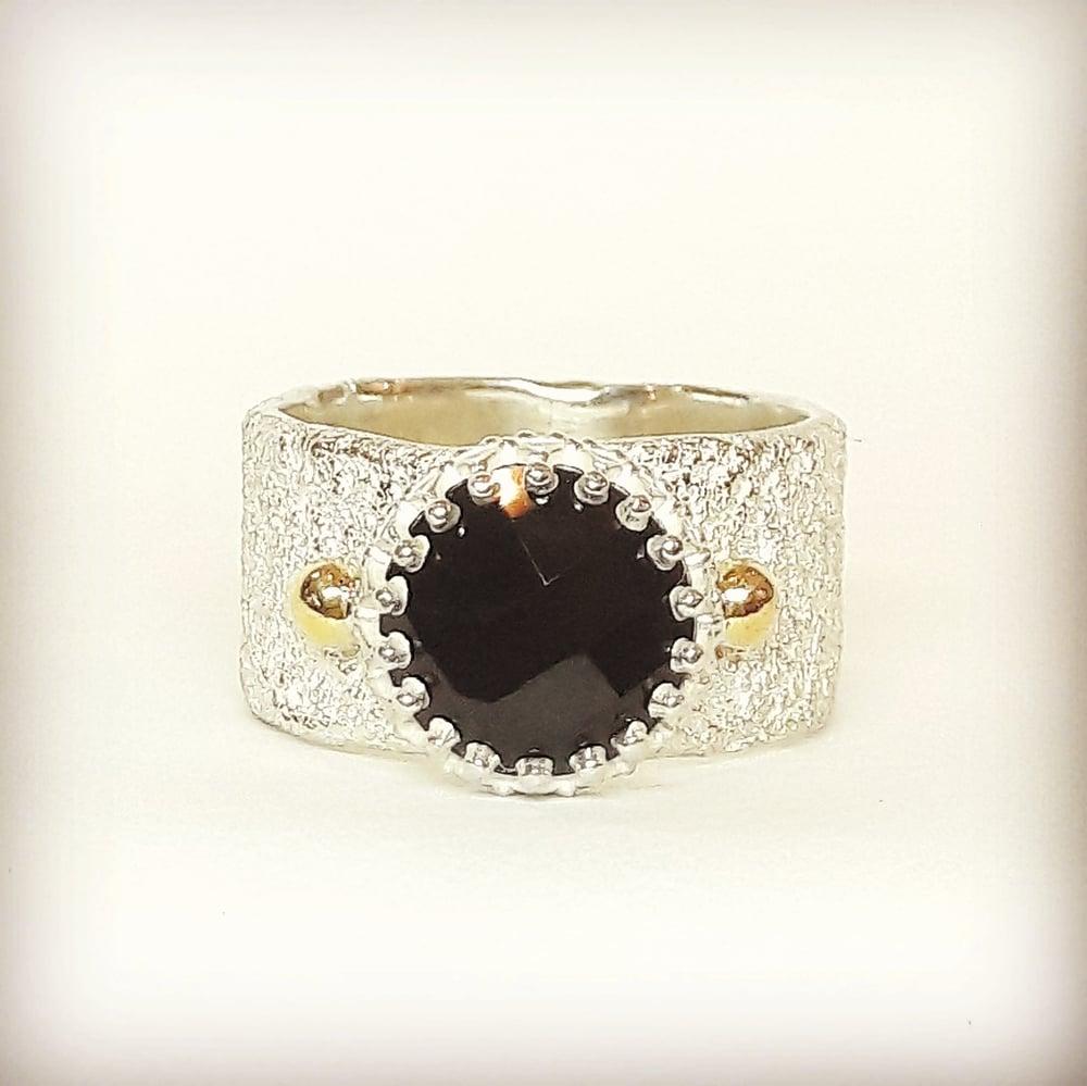 Beeld van Royal Black ring