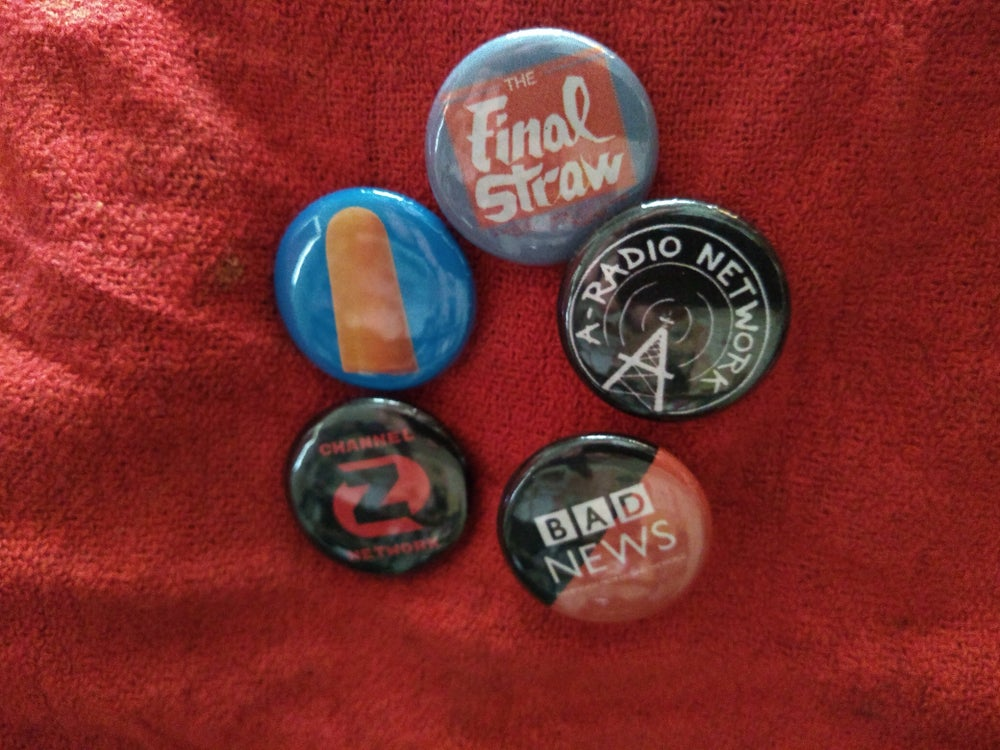 Image of Buttons/Badges/Pins Whatever