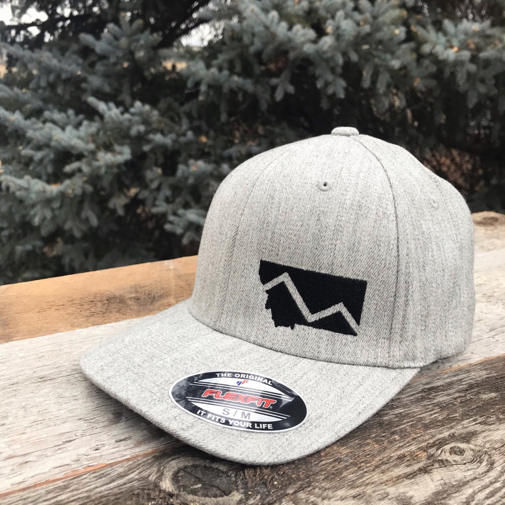Montana Mountain Flexfit Hat -2 Sizes