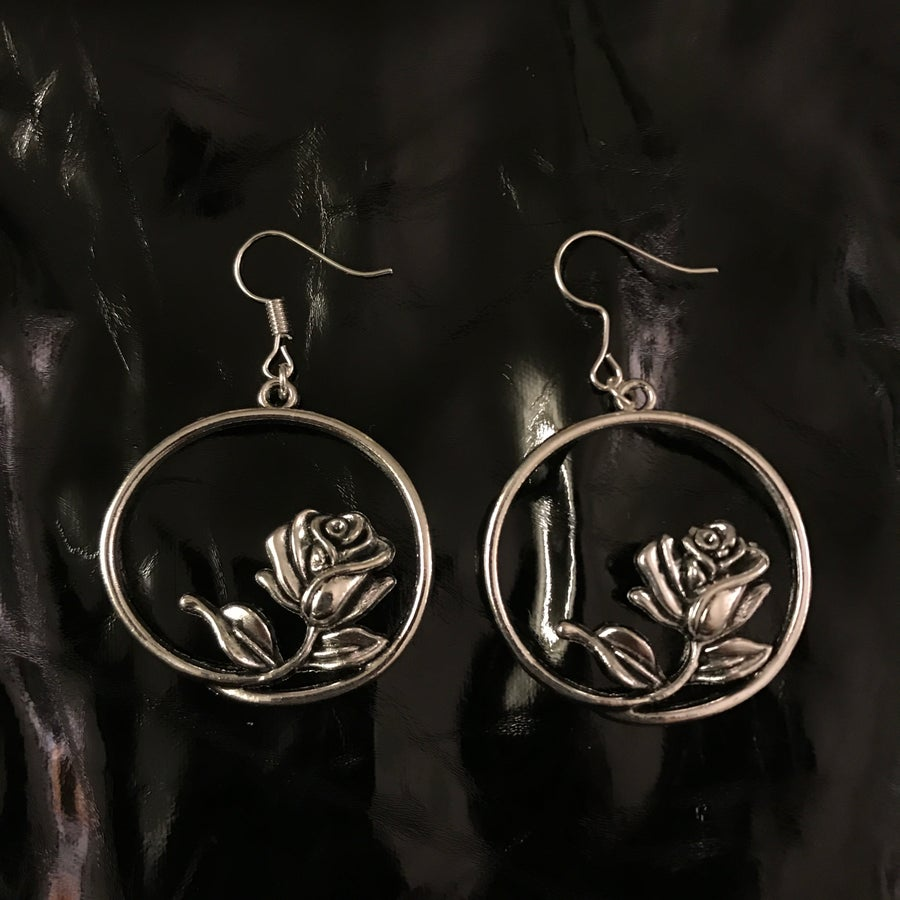 Image of rose hoops