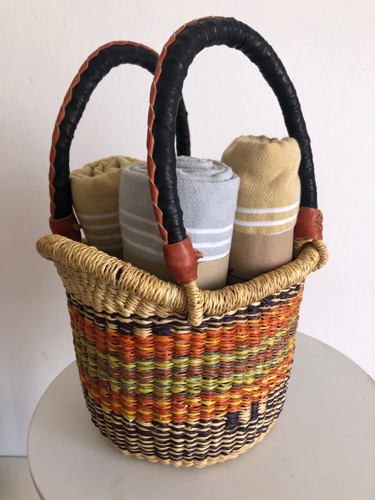 Image of SMALL MARKET BASKET + 3 TOWELS