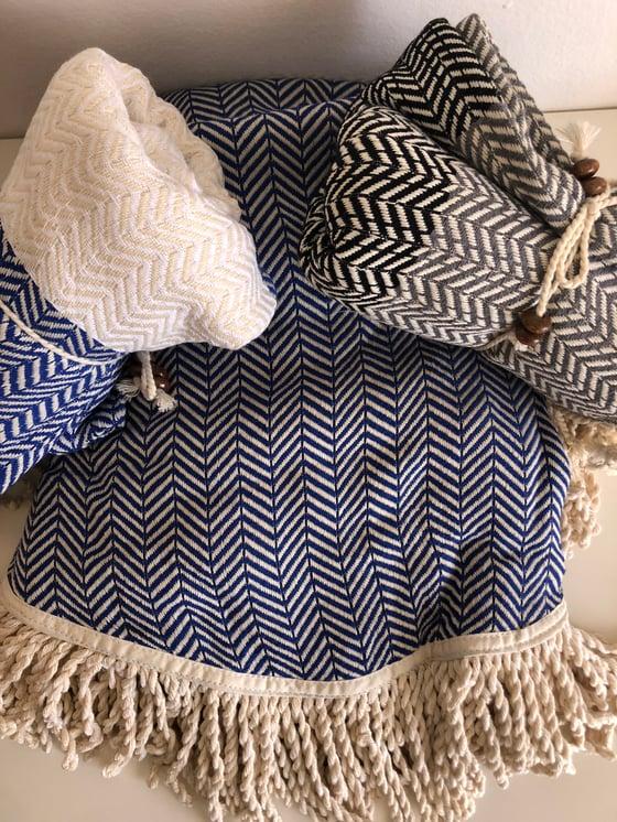 Image of SEA BLUE ROUNDIE + 2 TOWELS