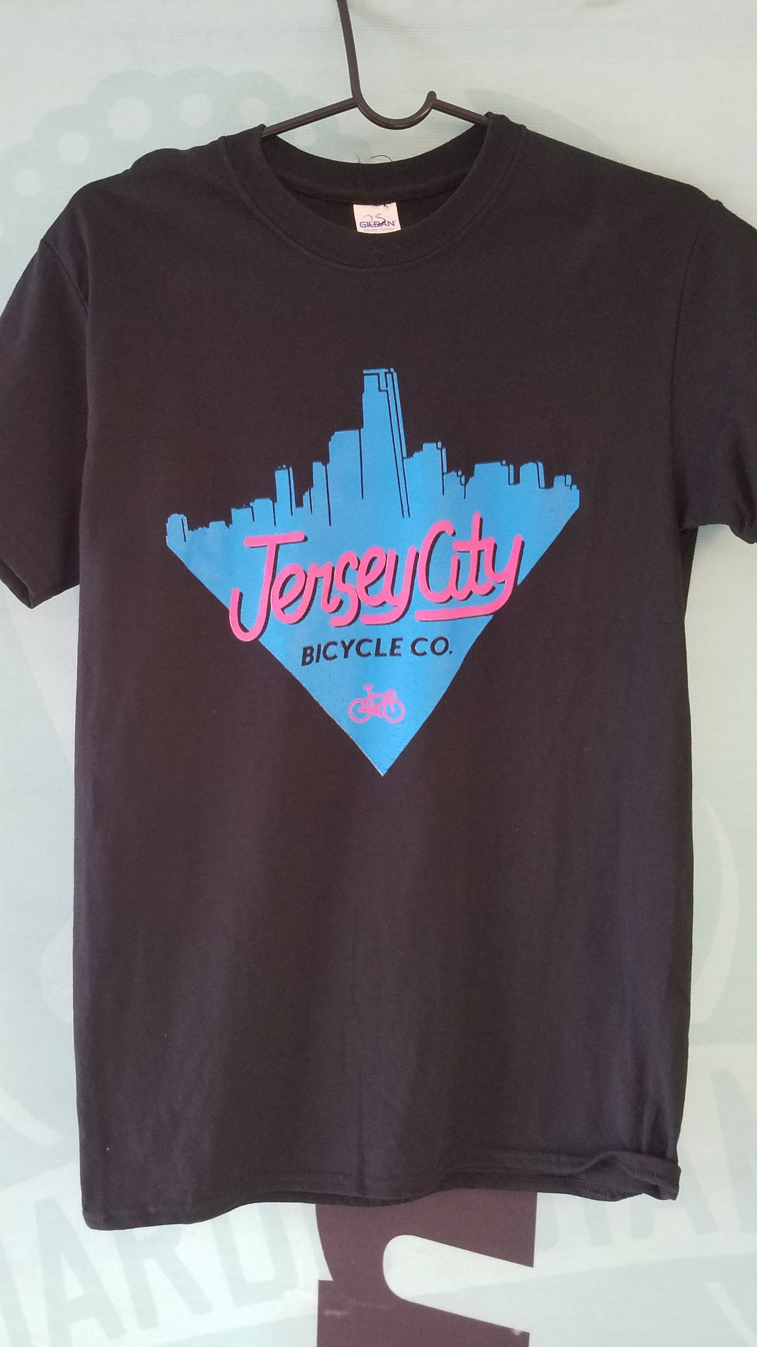 Image of Jersey City Bicycles Metro Skyline T-shirt Black