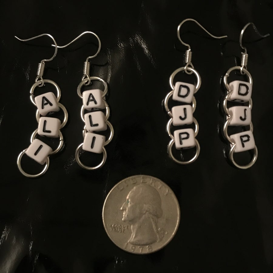 Image of 2 or 3 bead earrings !