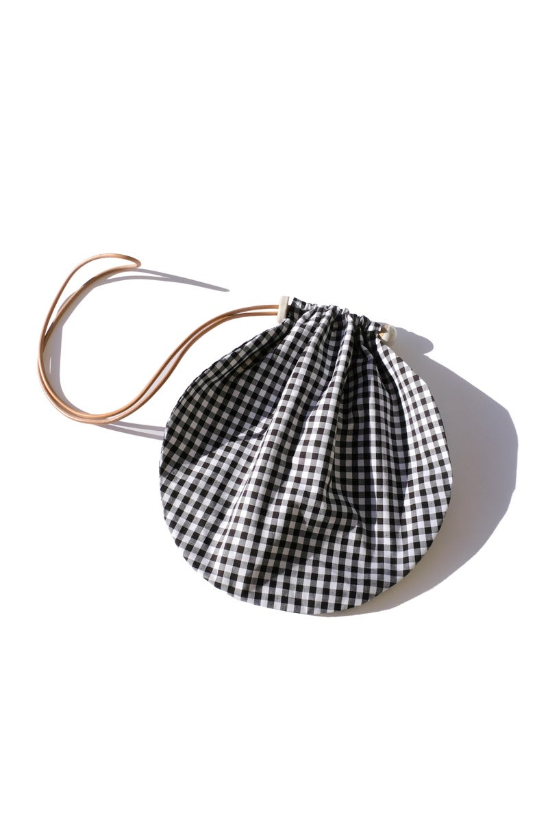 Image of circle tote - gingham