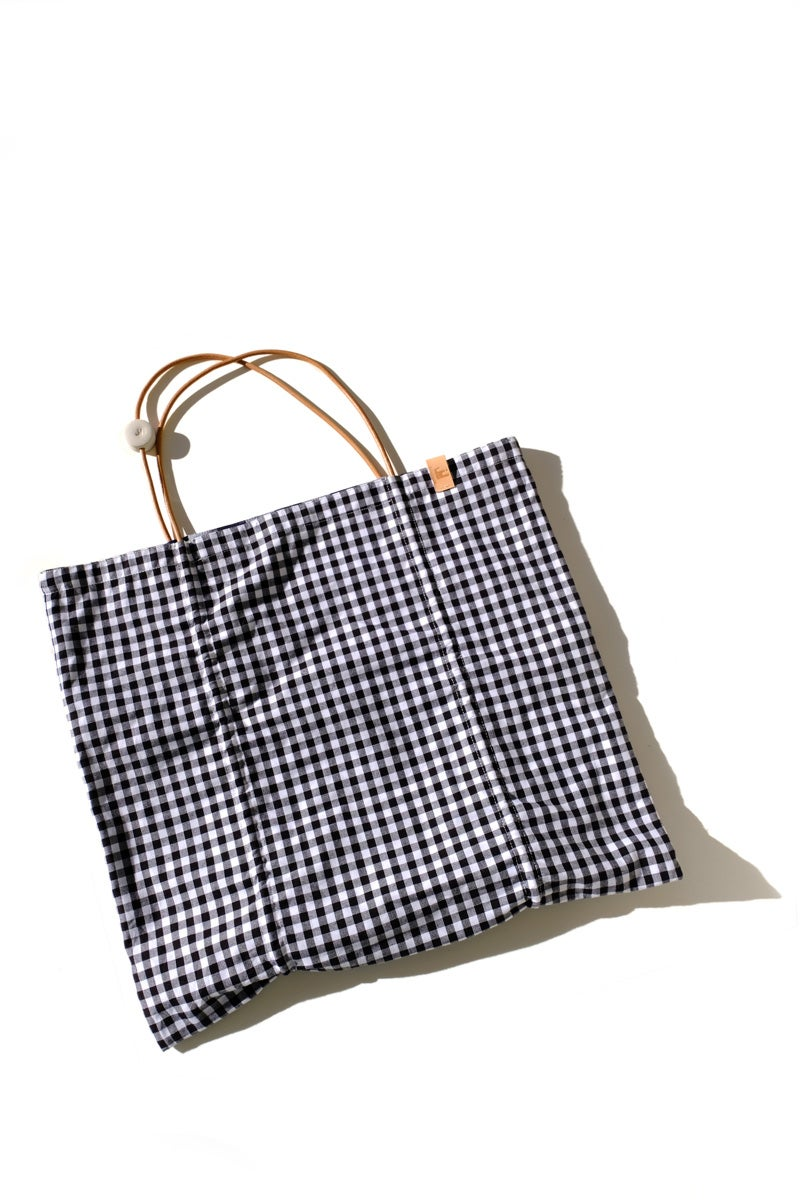 Image of reversible square tote - gingham