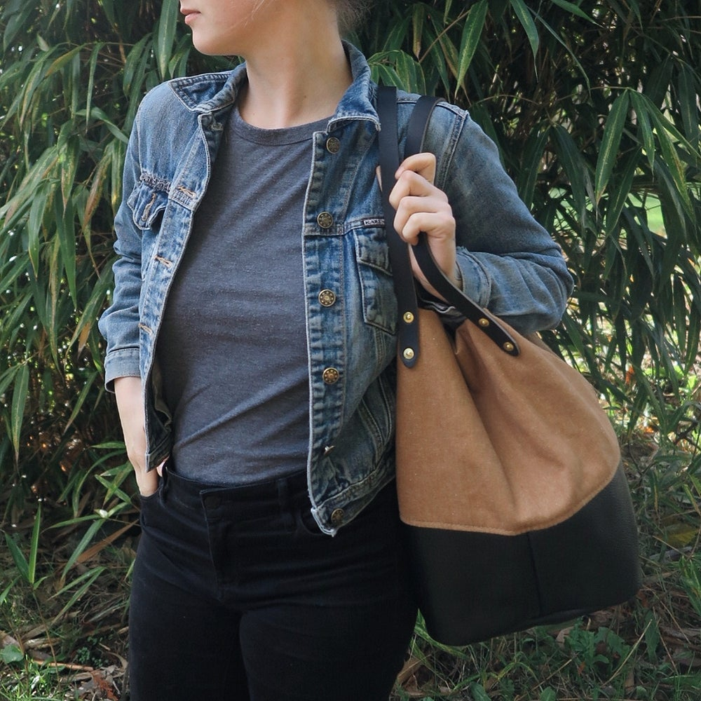 Image of Asa BLACK LEATHER + DUNE CANVAS Utility Tote/Backpack // Parent Bag
