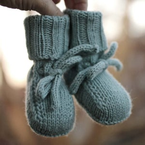 Image of knitting pattern Johannes Booties english