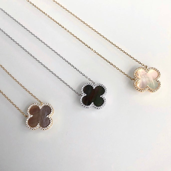 Image of Medium Clover Necklace